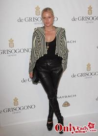 时尚名媛Olympia Scarry 穿着 Givenchy by Riccardo Tisci
