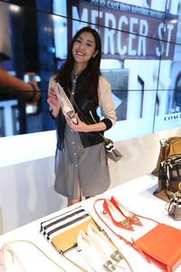 刘雯倾情演绎COACH 2014春季广告形象