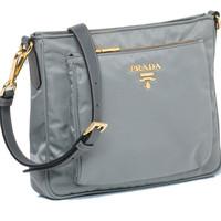 Prada普拉达经典Messager Bag