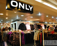 ONLY置地店全场满200减100 皮草背心/针织衫/冬季大衣折后低至200元