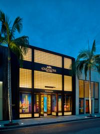 COACH推出新一代零售店形象设计理念