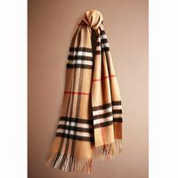 巴宝莉 格纹羊绒围巾