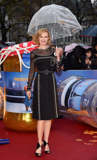 妮可·基德曼身穿Prada亮相《帕丁顿熊》电影全球首映式
