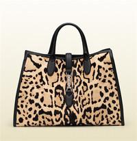 Gucci 豹纹印花小牛毛手提包