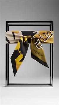 博柏利Burberry 2015野花图案窄版丝巾