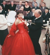 花之女王:Dior哪些不为人知的故事