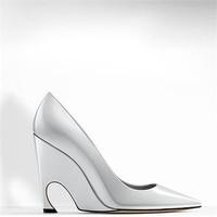 迪奥Dior 银色金属光泽小牛皮高跟鞋