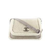 香奈儿Chanel 复古小羊皮及双面剪羊毛邮差包