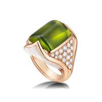 宝格丽Bvlgari MVSA橄榄石珍珠母贝戒指