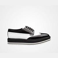 普拉达Prada 双色磨砂皮系带 Derby 鞋