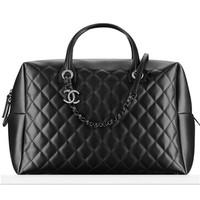 香奈儿Chanel 黑色牛皮保龄球包