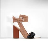 迪奥Dior 漆皮小牛皮高跟鞋