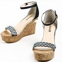 百丽 时尚休闲厚底坡跟女凉鞋