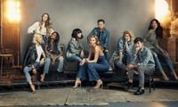 Karlie Kloss携手施华洛世奇品牌挚友 共同体验全新Crystaldust系列