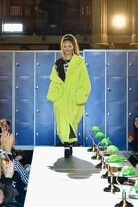 FENTY PUMA by Rihanna 2017秋冬系列以校园风席卷巴黎时尚巅峰