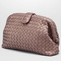 Bottega Veneta THE LAUREN 1980沙漠玫瑰粉编织水蛇皮手拿包