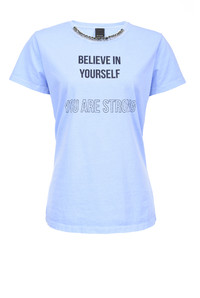 "PINKO推出全新""Believe in Yourself""胶囊系列T恤"