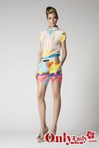 Versace2010年早春度假系列
