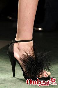 Givenchy 2009秋冬女鞋