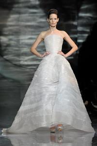 2010春夏 巴黎时装周之Giorgio Armani秀场