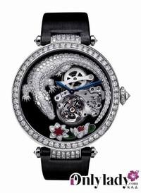 卡地亚:日内瓦优质印记的鳄鱼纹饰腕表