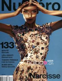 超模祖萨娜·比约可 (Zuzanna Bijoch) 身着杜嘉班纳 (Dolce&Gabbana) 2012春夏女装登上时尚杂志《Numero》2012年5月号封面,摄影师Sebastian Kim掌