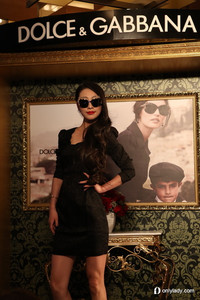 LensCrafters亮视点携Dolce&Gabbana与Ra yBan品牌限量抢先发售