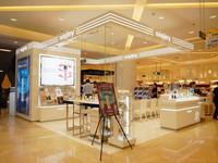 法国希思黎成都远东百货店奢华揭幕
