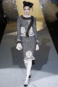 Valentino秋冬巴黎时尚定制服