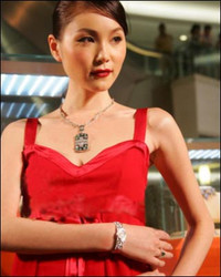宝格丽上海举办珠宝展
