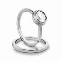 Gucci推出新款铂金订婚戒指