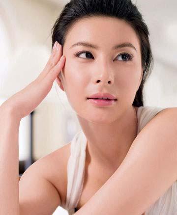 淡妆也自信 打造郭晶晶式气质妆容