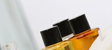 精油是美容护肤的好助手 控油还能抗衰老