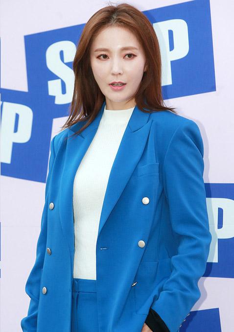 首尔2016年时装周-SJYP专场
