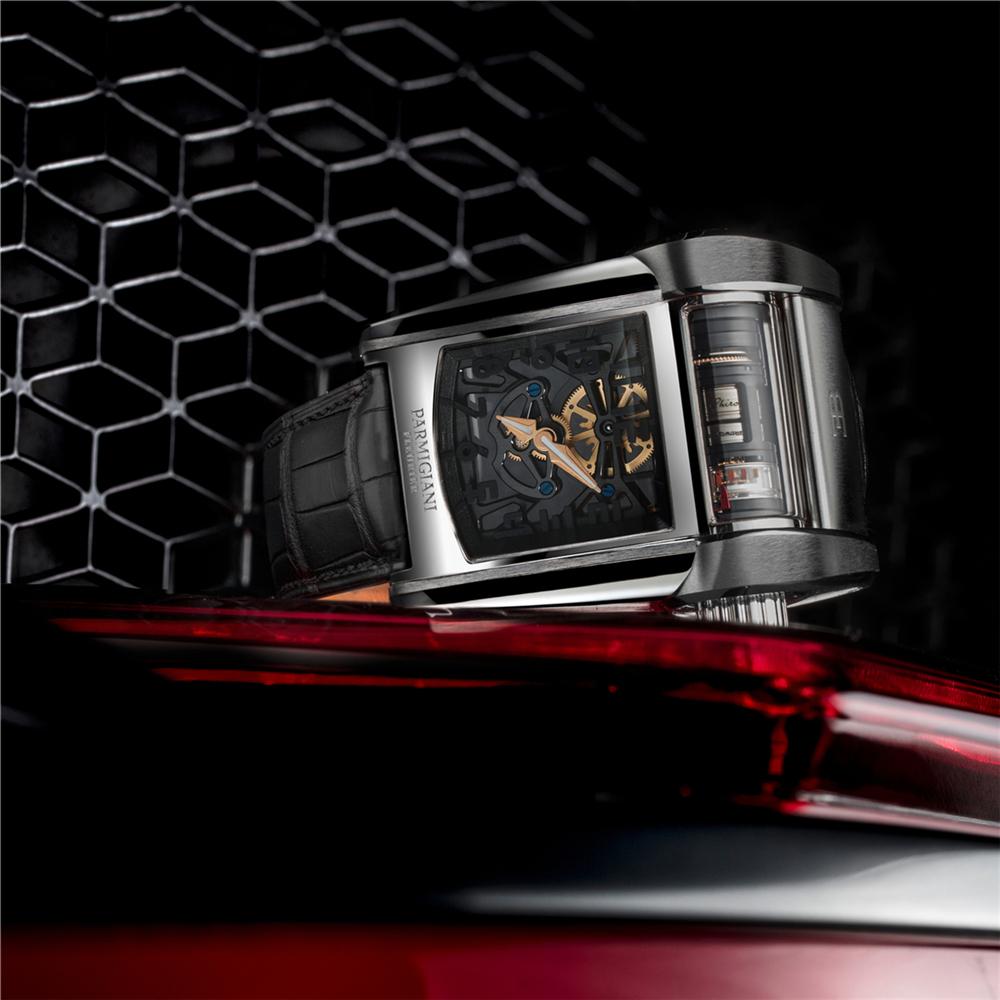 帕玛强尼携手布加迪发布Bugatti-Type-390腕表