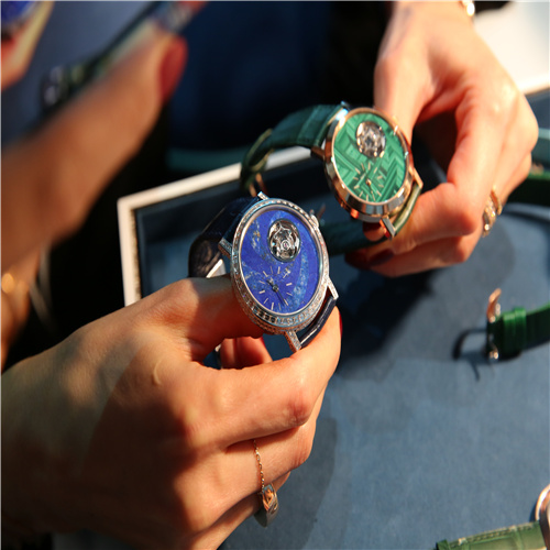 伯爵 Art&Excellence--Métiers d'Art系列腕表
