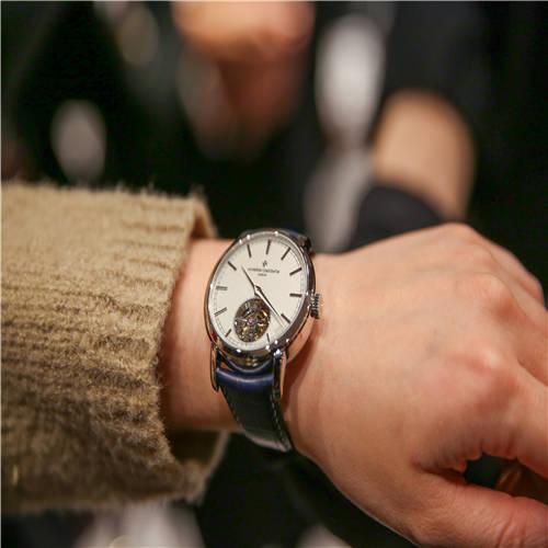 江诗丹顿 Traditionnelle传袭系列陀飞轮腕表