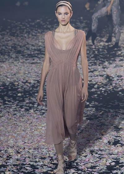 Dior 2019春夏时装秀
