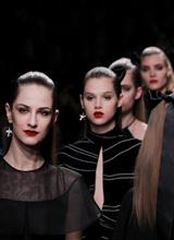 什么好看今年巴黎时装周看什么?