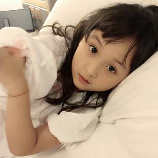 """6岁""""小芈月""""晒刚睡醒照"""